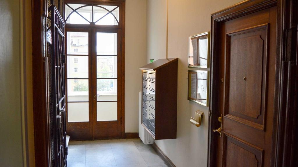 Säkerhetsdörrar och fastighetsboxar borgil fastigheter S:t Eriksplan